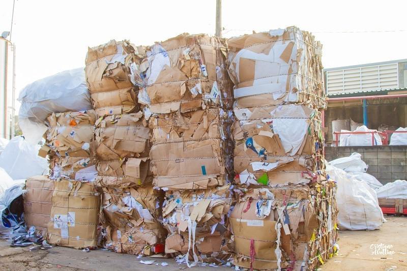 Compra e venda de papel e papelão