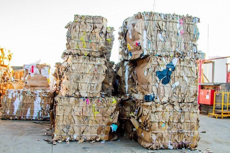 Empresa de reciclagem de papel e palelão