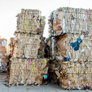 Coleta de resíduos industriais